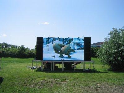 led gro bildwand led public viewing led videowand j rgen. Black Bedroom Furniture Sets. Home Design Ideas